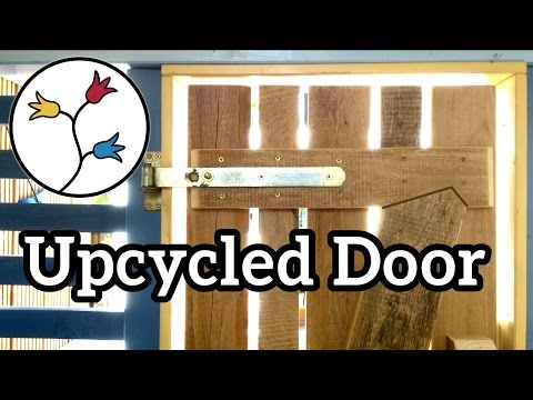 YOU can make this door out of reclaimed boards –upcycling project, playhouse door