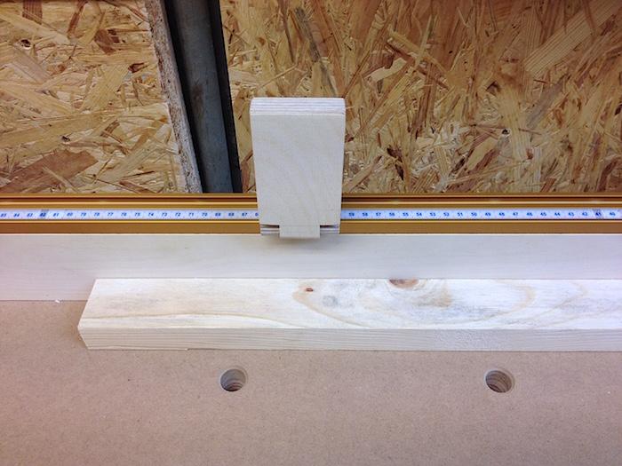 Stopp-Holz am Sägeanschlag