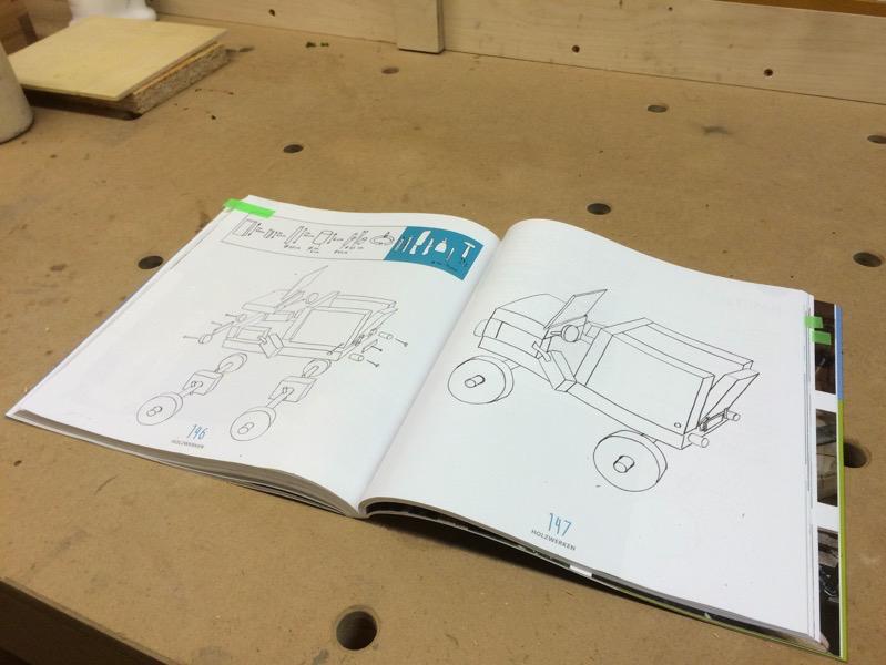 """Detailseite aus dem Buch """"Werkstatt Holz"""""""