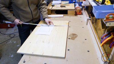 Holzauswahl für die Buchstütze