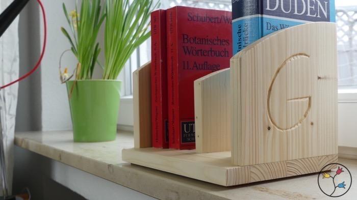 hhw-bookstand-valentine_019