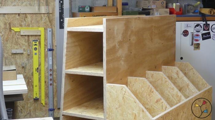 einen aufbewahrungswagen f r holz bauen holzhandwerk. Black Bedroom Furniture Sets. Home Design Ideas