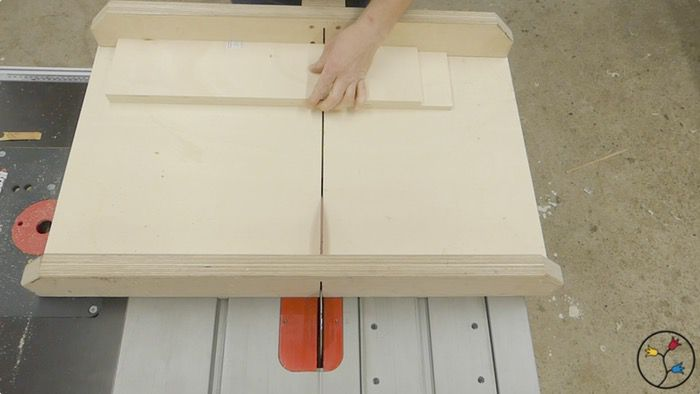 _hhw-drawers-table-saw-cabinet-fotos-blog_011