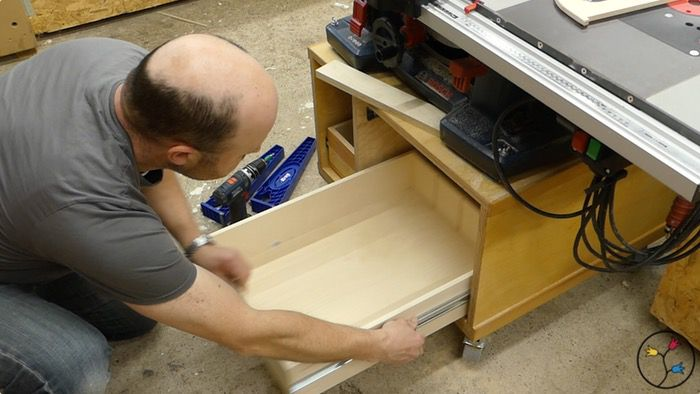 _hhw-drawers-table-saw-cabinet-fotos-blog_021