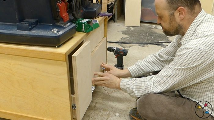 _hhw-drawers-table-saw-cabinet-fotos-blog_030
