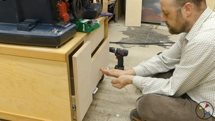 _hhw-drawers-table-saw-cabinet-fotos-blog_031