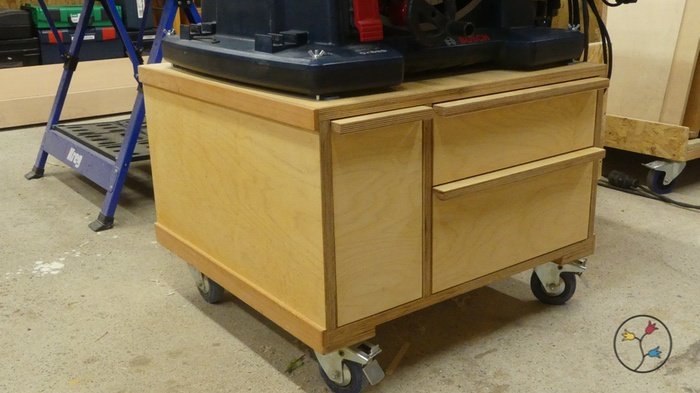 _hhw-drawers-table-saw-cabinet-fotos_001
