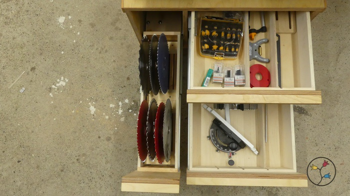 _hhw-drawers-table-saw-cabinet-fotos_009